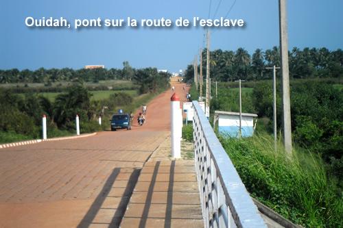 pont-sur-route-esclave